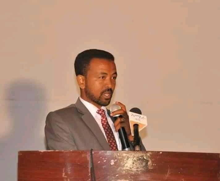 Dr. Asrat Atsedeweyn